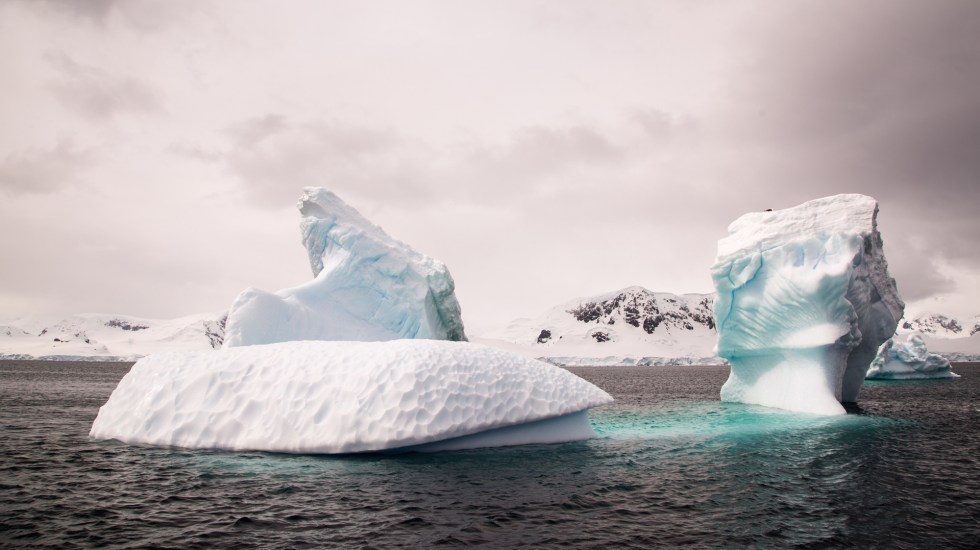First cases of COVID-19 detected in Antarctica - Antarctica.  Photo by Mathieu Perrier / Unsplash